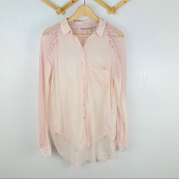 Holding Horses Anthropologie LS Button Down